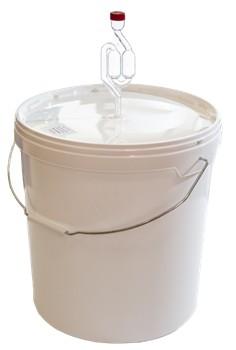 Бак 20 литров с гидрозатвором S-кой